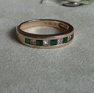 Jewelry - 14k ring with emerald and diamonds